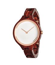 Uhr aus Holz reinigen