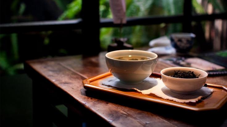 Tee: Gesunder Durstlöscher im Sommer