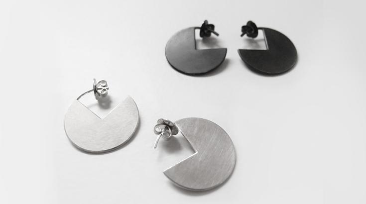 schmuck aus oxidiertem silber. Black Bedroom Furniture Sets. Home Design Ideas